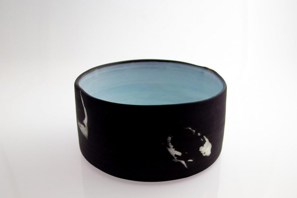 vertical-walled-bowl-black-with-swishes-IMG_1766